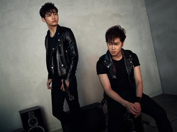 news_large_tohoshinki_art20130704.jpg